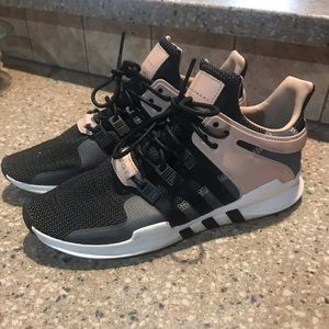 Women's 11 NWT Adidas EQT support ADV